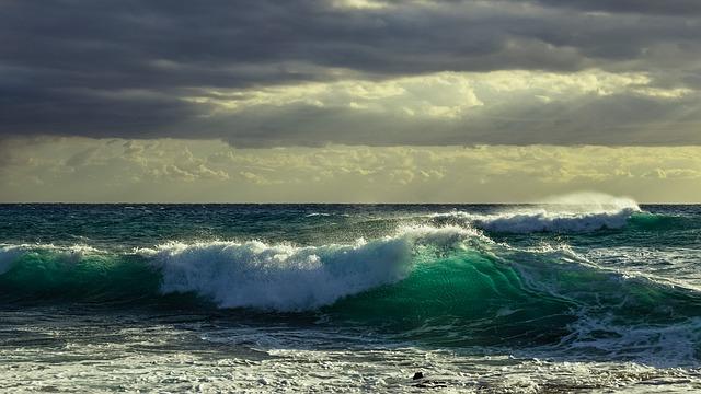 Wave Spectacular Smashing Sky elements rearrange