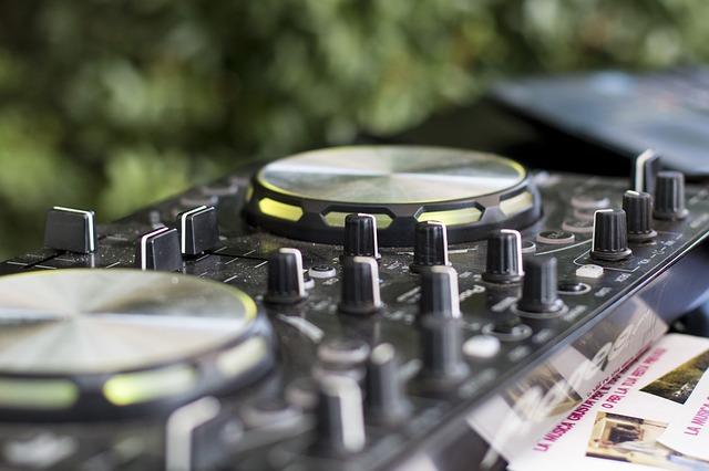 Diskjokey Dj Professional Training wedding DJ