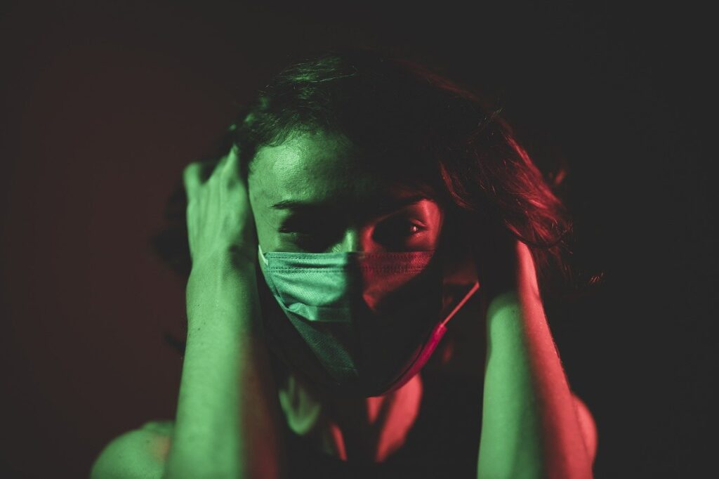COVID failed state Coronavirus Mask Model Girl Woman  - Engin_Akyurt / Pixabay